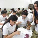 Estudiantes del Instituto Nacional de La Unión  reciben taller financiero sobre la importancia del ahorro