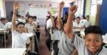 71 alumnos de Tercer Ciclo del Centro Escolar Miguel Hidalgo del Cantón Ichanquezo del municipio de Suchitoto, recibieron la charla del Ahorro el viernes 1 de marzo de 2019.