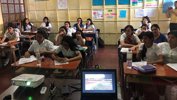 DINERO ELECTRÓNICO Y PRESUPUESTO FUERON LOS TEMAS IMPARTIDOS ESTE DÍA POR EL PROGRAMA EDUCACIÓN FINANCIERA