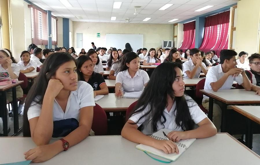 MÁS EDUCACIÓN FINANCIERA PARA 122 PERSONAS ENTRE ESTUDIANTES Y MICROEMPRENDEDEDORES