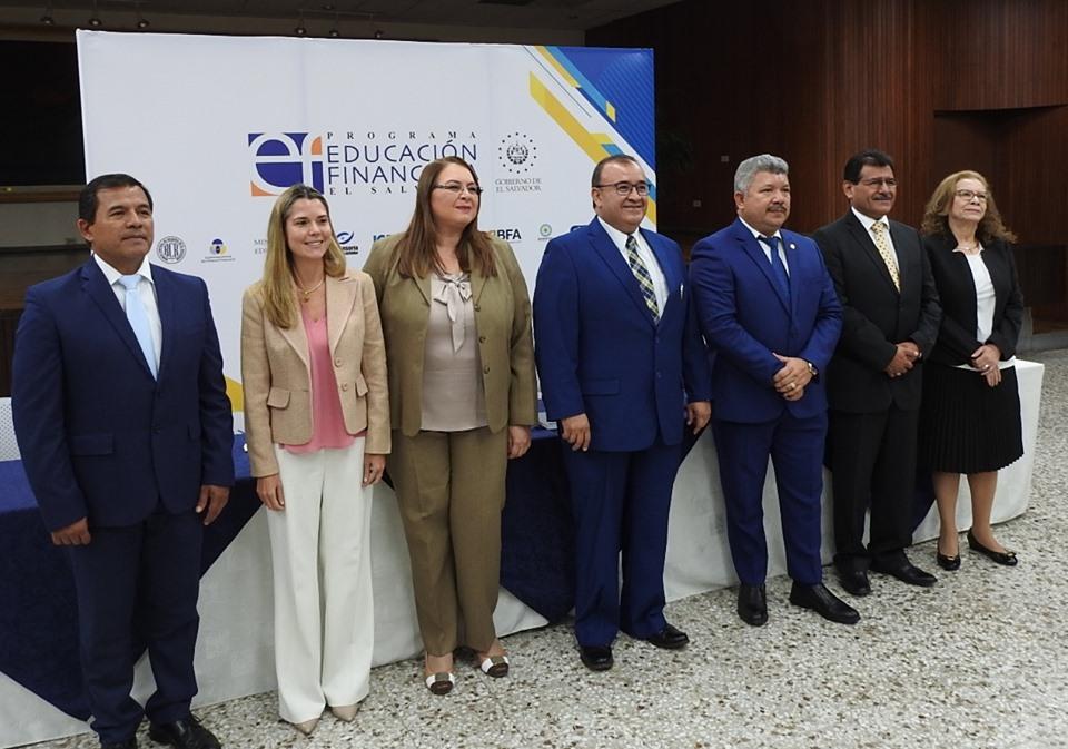 AUTORIDADES GUBERNAMENTALES DEL SECTOR FINANCIERO INFORMAN SOBRE FERIA DE EDUCACIÓN FINANCIERA 2019
