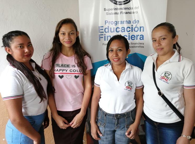MUJERES DE ATIQUIZAYA RECIBEN EDUCACIÓN FINANCIERA Y SE PREPARAN PARA IR A LA UNIVERSIDAD