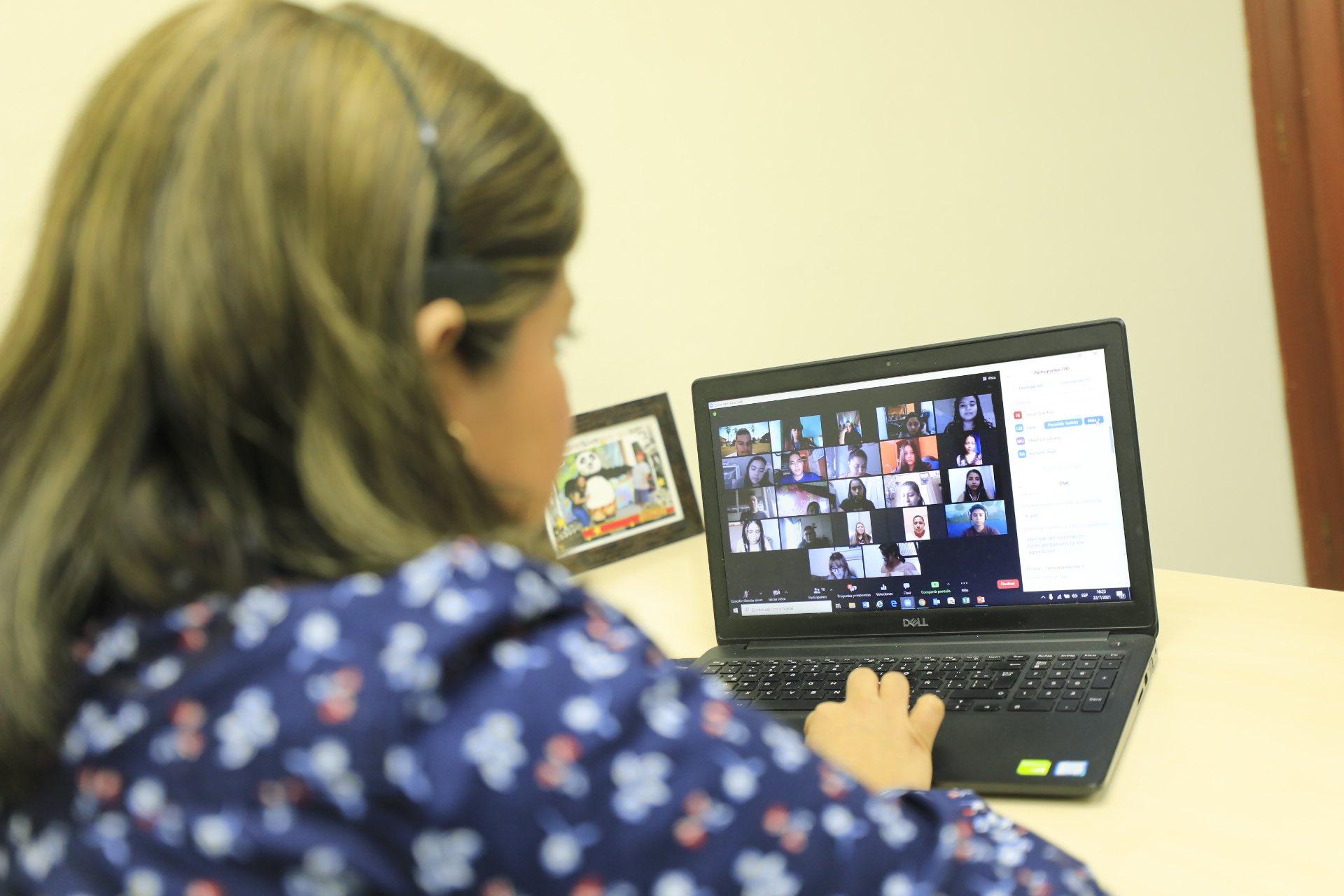 Superintendencia inicia Diplomado en educación financiera para universitarios